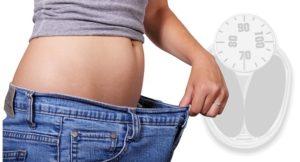 Gesund abnehmen am Bauch